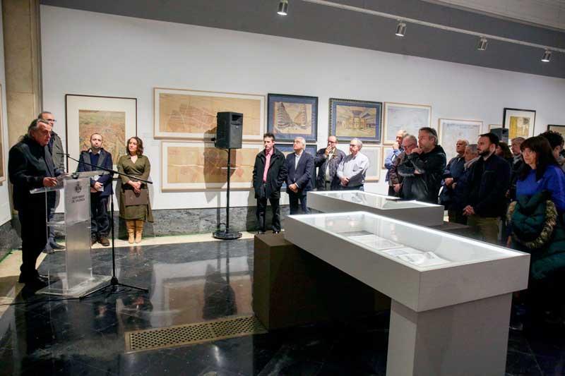 Glòria Tello presentà el catàleg de l'exposició sobre Javier Goerlich
