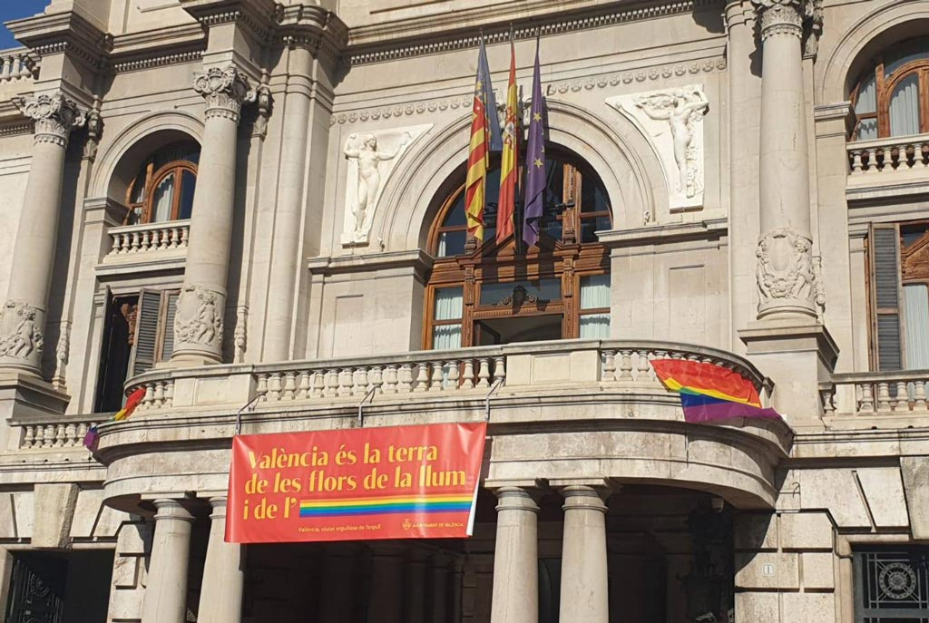 Pancarta GTB+ Ajuntament de València