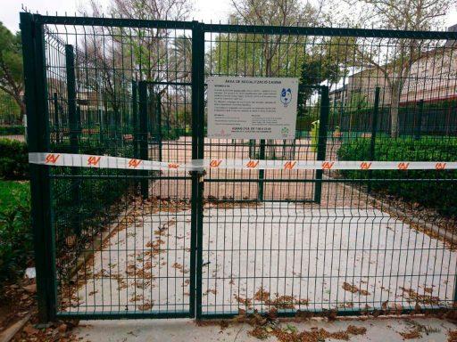 zona gossos tancada